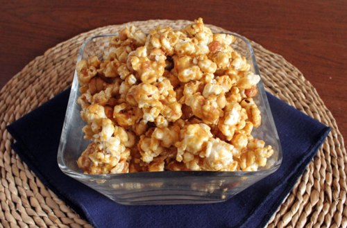Yummy Caramel Popcorn