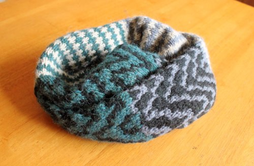 Colormatic Cowl