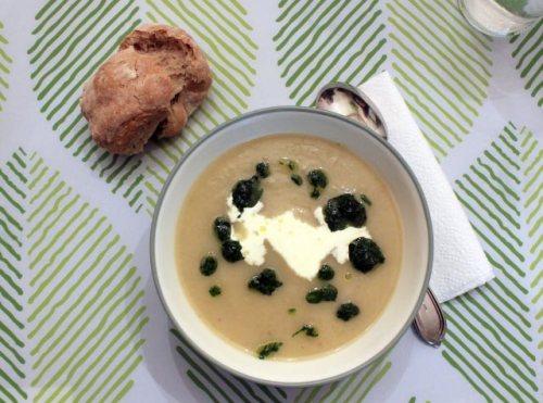 Jerusalem Artichoke Soup with Parsley Coulis