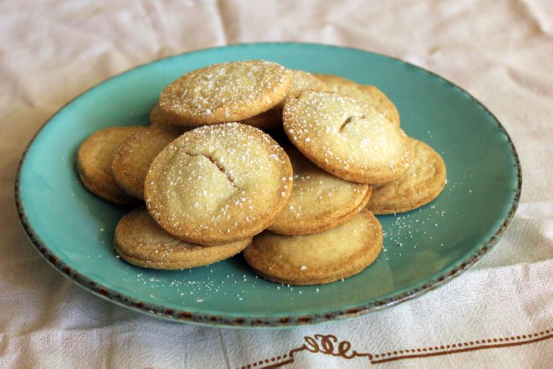 TWD: Jam-Filled Sandwich Cookies